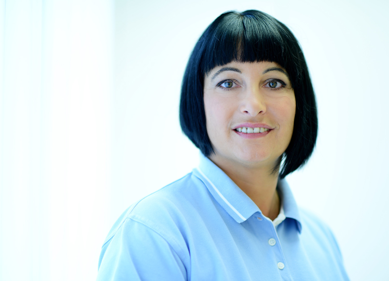 Frau Anett Schöwe